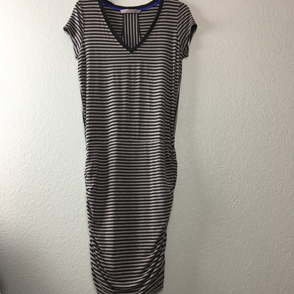 cd483d8e85c Athleta Dresses   Skirts - Athleta Topanga Ruched V-Neck T-Shirt Dress  Medium